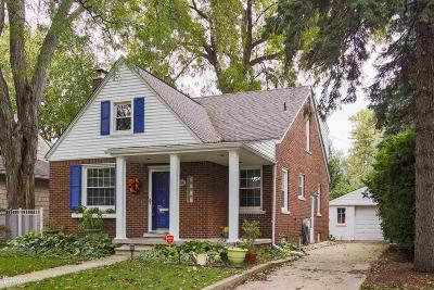 Grosse Pointe Farms Single Family Home For Sale: 284 Ridgemont Rd