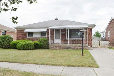 Roseville Single Family Home For Sale: 25705 Normandy Street