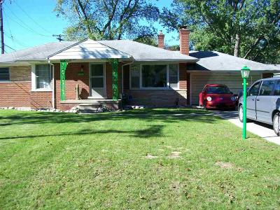 Sterling Heights MI Single Family Home For Sale: $179,900