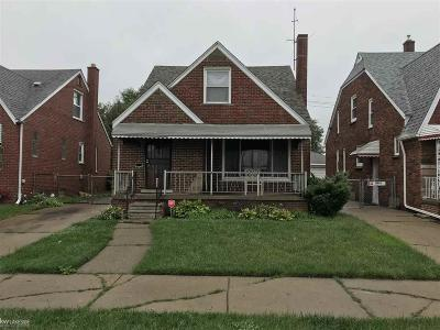 Detroit Single Family Home For Sale: 18960 Runyon