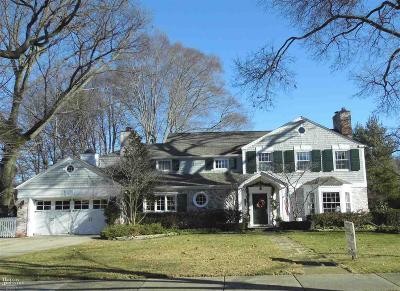Grosse Pointe Single Family Home For Sale: 488 Lakeland