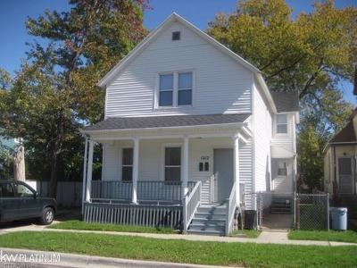 St. Clair Multi Family Home For Sale: 1012 8th Street