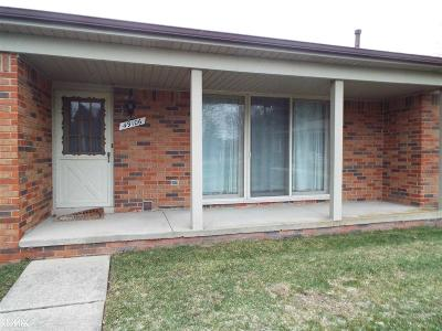 Shelby Twp MI Condo/Townhouse For Sale: $156,500