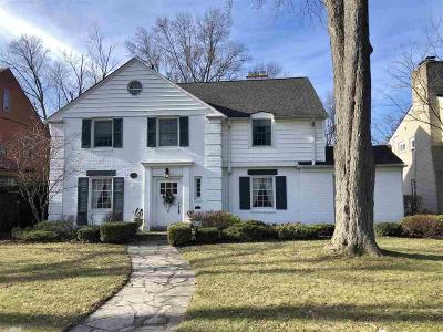 Mount Clemens Single Family Home For Sale: 158 S Wilson