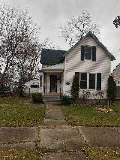 Mount Clemens Single Family Home For Sale: 155 Dickinson
