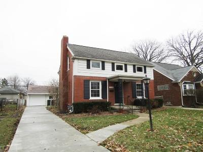 Grosse Pointe Woods Single Family Home For Sale: 2228 Stanhope St.