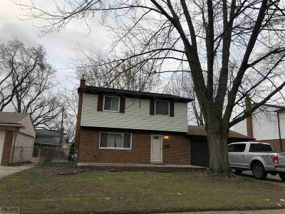 Sterling Heights Single Family Home For Sale: 38770 Derby