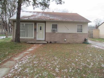 Oak Park Single Family Home For Sale: 10430 Saratoga