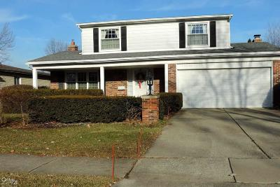 Sterling Heights Single Family Home For Sale: 33736 Kennedy