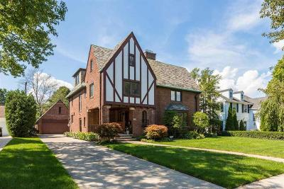 Grosse Pointe Park Single Family Home For Sale: 1133 Bishop