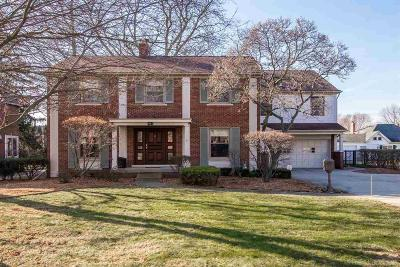 Grosse Pointe Park Single Family Home For Sale: 961 Berkshire