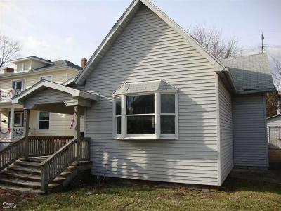 Marine City  Single Family Home For Sale: 530 S Main St
