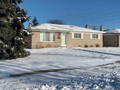 Sterling Heights MI Single Family Home For Sale: $186,900