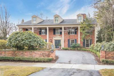 Grosse Pointe Farms Single Family Home For Sale: 175 Touraine Rd