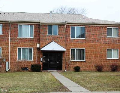 Macomb Condo/Townhouse For Sale: 18574 Masonic