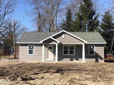 Burtchville Single Family Home For Sale: 6523 Bunker
