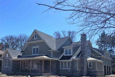 Grosse Pointe Shores Single Family Home For Sale: 55 Renaud