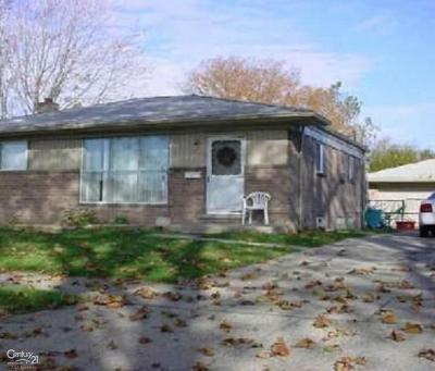 Warren Single Family Home For Sale: 11915 Stamford