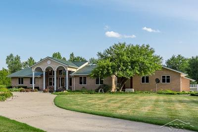 Flushing Single Family Home For Sale: 2175 Western Meadows