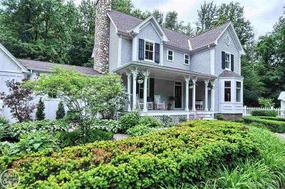 St. Clair Single Family Home For Sale: 16233 Hough