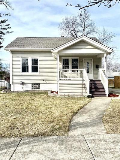 Royal Oak Single Family Home For Sale: 439 Linden Ave