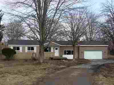 Montrose Single Family Home For Sale: 13540 Seymour