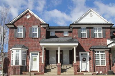 Shelby Twp Condo/Townhouse For Sale: 53122 Providence E