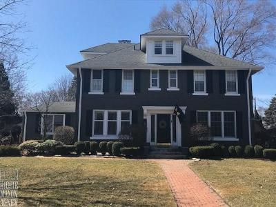 Grosse Pointe Park Single Family Home For Sale: 1021 Kensington