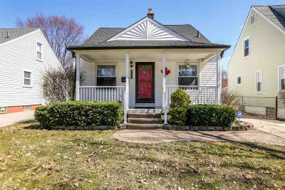 Royal Oak Single Family Home For Sale: 824 N Edison Ave