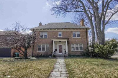 Grosse Pointe Park Single Family Home For Sale: 1399 Whittier Rd