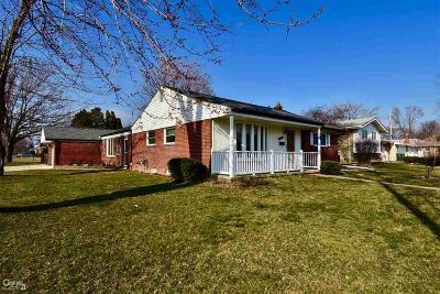 Macomb Single Family Home Back On Market: 21701 E 12 Mile Rd