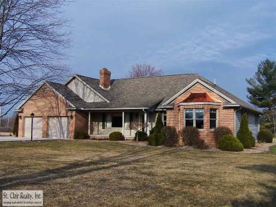 Marine City Single Family Home For Sale: 6321 Marsh Rd