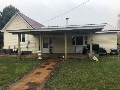 Lapeer Single Family Home For Sale: 5100 Attica Rd