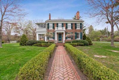 Grosse Pointe Park Single Family Home For Sale: 16109 E Jefferson