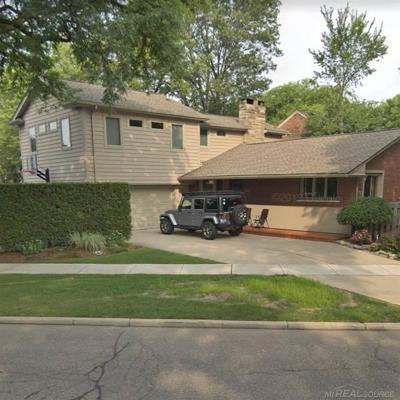 Grosse Pointe Farms Single Family Home For Sale: 207 Chalfonte