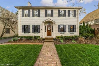 Grosse Pointe Farms Single Family Home For Sale: 69 Moran