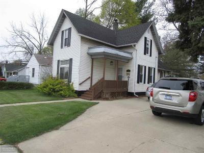 Mount Clemens Single Family Home For Sale: 27 Sb Gratiot