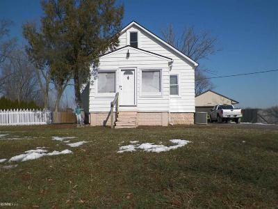 Roseville Single Family Home For Sale: 18905 Voiland