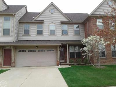 Macomb Condo/Townhouse For Sale: 23404 Clarewood