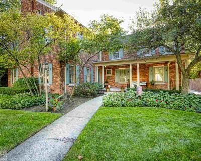 Grosse Pointe Park Single Family Home For Sale: 765 Bedford Rd