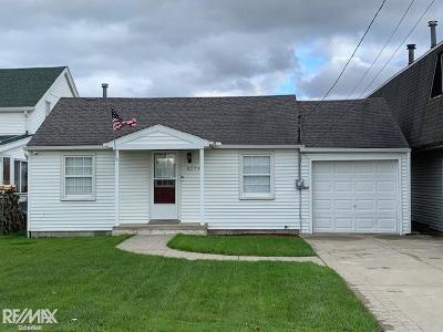 Saint Clair Single Family Home For Sale: 8779 Anchor Bay