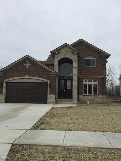 Sterling Heights Single Family Home For Sale: 39220 Ajanta
