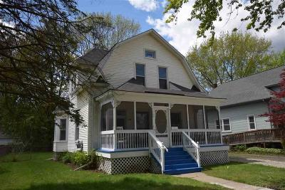 Mount Clemens Single Family Home For Sale: 145 Washington
