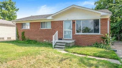 Macomb MI Single Family Home For Sale: $114,900