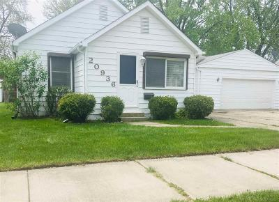 Harper Woods Single Family Home For Sale: 20936 Ridgemont