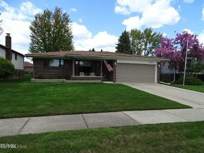 Sterling Heights Single Family Home For Sale: 13857 Harbour Court