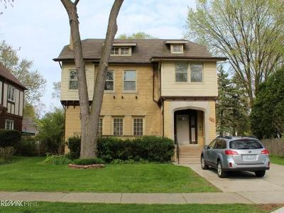 Grosse Pointe Multi Family Home For Sale: 456 Neff