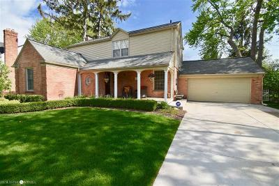 Grosse Pointe Woods Single Family Home For Sale: 1280 N Oxford