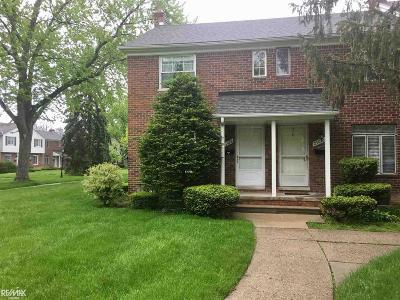 Saint Clair Shores Condo/Townhouse For Sale: 23028 Gary Ln