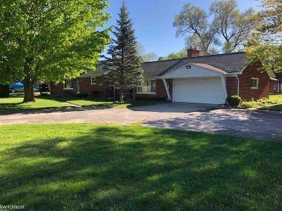 Columbus Single Family Home For Sale: 2006 Bauman